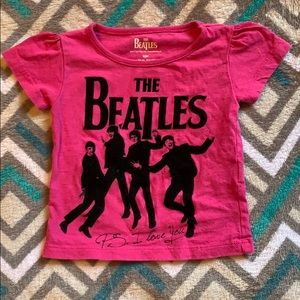 12 month Beatles T-shirt 🖤💗🖤